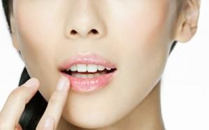 Топ-10 летних бальзамов для губ в заграничных онлайн-магазинах