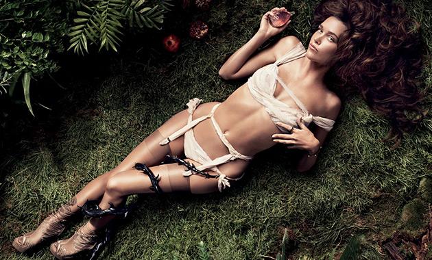 Модное и стильное эротическое нижнее белье осень-зима 2017-2018