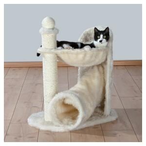 Выбор товаров первой необходимости для кошек: лежак для отдыха, когтеточка и сумка-переноска