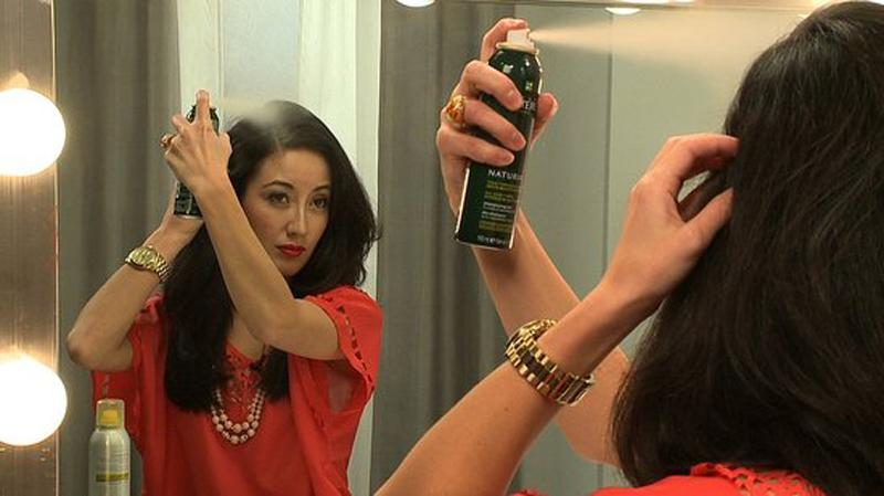 how_use_dry_shampoo